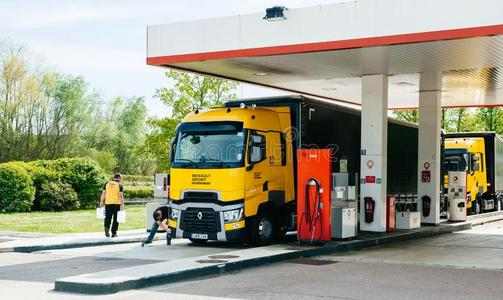Fuel cost of mobile LED billboard truck
