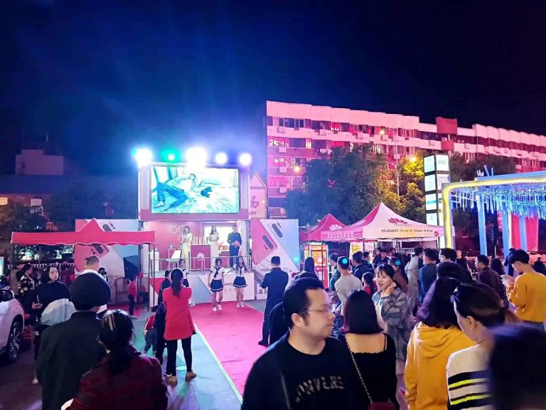 Huawei 6m LED billboard truck with stage at night