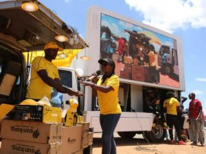 Siwun mobile advertising truck holding events